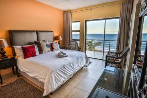 King Room with Balcony and Sea View