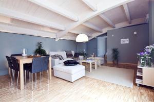 My Space Barcelona Executive Apartments Center, Апартаменты  Барселона - big - 2