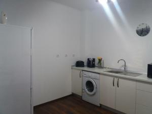 Sophia Studio, Apartments  Iaşi - big - 29
