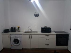 Sophia Studio, Apartmanok  Jászvásár - big - 18