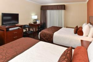 Queen Room with Two Queen Beds with Balcony - Non-Smoking - No Pets