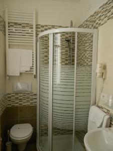 Hotel Eura, Отели  Марина-ди-Масса - big - 34