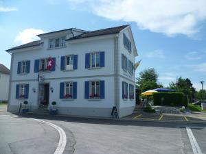 Hotel Speiserestaurant Bahnhof, Hotely  Güttingen - big - 17