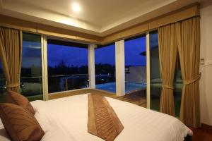 Bangtao Tropical Residence Resort and Spa, Resorts  Bang Tao Beach - big - 3