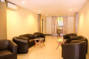 D Inn Rungkut Juanda Surabaya, Отели  Сурабая - big - 4
