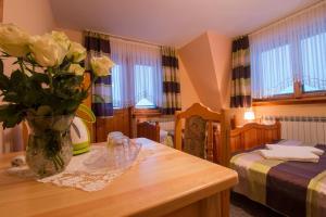 Dom Wypoczynkowy U Staszla, Guest houses  Bańska - big - 5