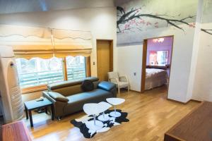 Hanso Presidential Suite Hanok Hotel, Aparthotely  Soul - big - 39