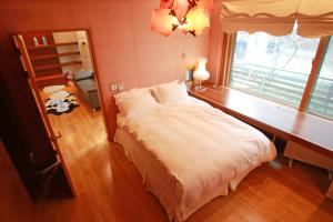 Hanso Presidential Suite Hanok Hotel, Aparthotely  Soul - big - 16
