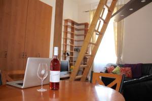 Lux Apartman, Ferienwohnungen  Budapest - big - 39