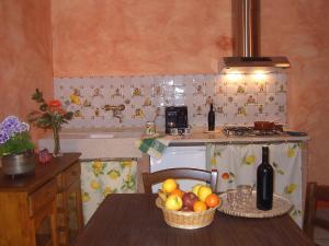 Agriturismo QuartoPodere, Farmházak  Magliano in Toscana - big - 11
