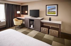 Hampton Inn by Hilton Sarnia/Point Edward, Hotely  Point Edward - big - 5