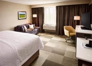 Hampton Inn by Hilton Sarnia/Point Edward, Szállodák  Point Edward - big - 15