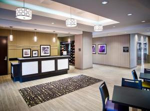 Hampton Inn by Hilton Sarnia/Point Edward, Hotely  Point Edward - big - 35