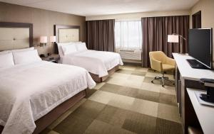 Hampton Inn by Hilton Sarnia/Point Edward, Szállodák  Point Edward - big - 11