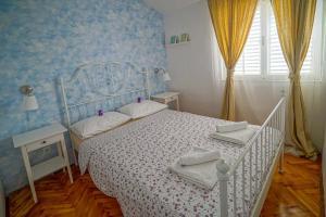 Apartments Ziggy - Трогир