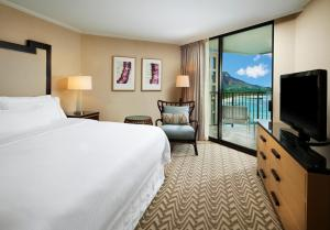 Tower Room with Premier Ocean View