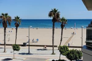 Valencia Beach Apartments, Apartments  Valencia - big - 1