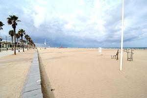 Valencia Beach Apartments, Apartments  Valencia - big - 19