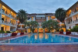 Velan Hotel Greenfields, Hotely  Tiruppūr - big - 1