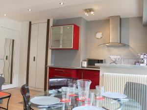 Apartment Les Cigognes, Apartmanok  Deauville - big - 6