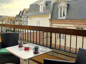 Apartment Les Cigognes, Apartmanok  Deauville - big - 7