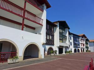 Apartment Cabi.2, Apartmanok  Urrugne - big - 2