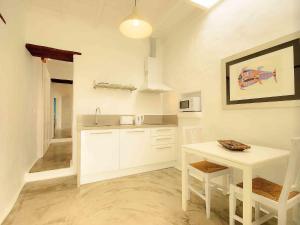 Apartment La Casa de las Salinas, Apartmanok  Arrieta - big - 9
