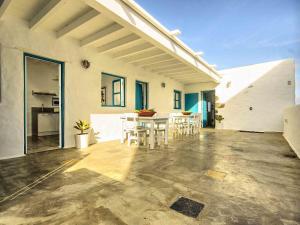 Apartment La Casa de las Salinas, Apartmanok  Arrieta - big - 5