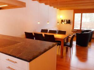 Apartment Casa Almis 3, Appartamenti  Grindelwald - big - 16