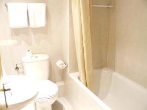 Hotel Alfa, Отели  Енкамп - big - 3