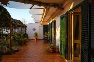 B&B Ravello Rooms, Bed & Breakfasts  Ravello - big - 21