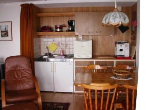 Apartment Mon Abri, Апартаменты  Беатенберг - big - 9