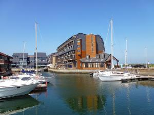 Apartment Les Marinas.7, Appartamenti  Deauville - big - 17