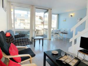 Apartment Les Marinas.7, Appartamenti  Deauville - big - 2