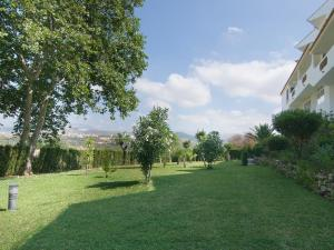 Apartment Jardines de Las Chapas, Apartmanok  Marbella - big - 5