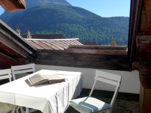 Apartment Chesa Stiffler Veglia I, Apartments  Pontresina - big - 9