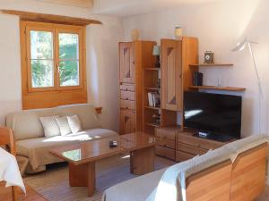 Apartment Chesa Stiffler Veglia I, Apartments  Pontresina - big - 5