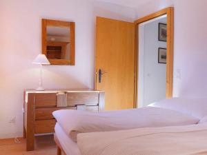 Apartment Chesa Stiffler Veglia I, Apartments  Pontresina - big - 18