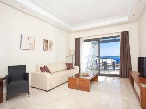 Apartment in Estepona, frontbeach apartment, Appartamenti  Estepona - big - 10