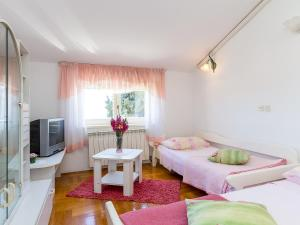 Apartment Casa Laura, Apartmanok  Veruda - big - 5