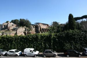 Residenza San Teodoro, Apartmanok  Róma - big - 15