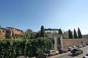 Residenza San Teodoro, Apartmanok  Róma - big - 13