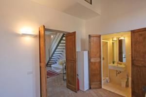 Residenza San Teodoro, Apartmanok  Róma - big - 7