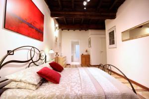 Giubbonari 5, Apartmanok  Róma - big - 1