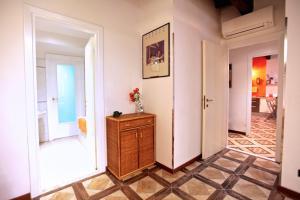 Giubbonari 5, Apartmanok  Róma - big - 7