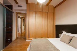 Like Apartments Lonja, Apartmanok  Valencia - big - 6