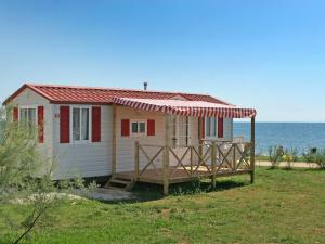 Holiday Home Camping Resort Kažela.4, Case vacanze  Medulin - big - 5
