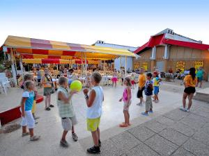 Holiday Home Camping Resort Kažela.4, Case vacanze  Medulin - big - 9