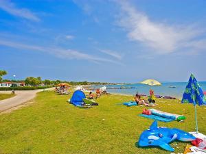 Holiday Home Camping Resort Kažela.4, Case vacanze  Medulin - big - 10