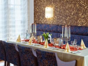Hotel Restaurant Zum Schwan, Szállodák  Mettlach - big - 39